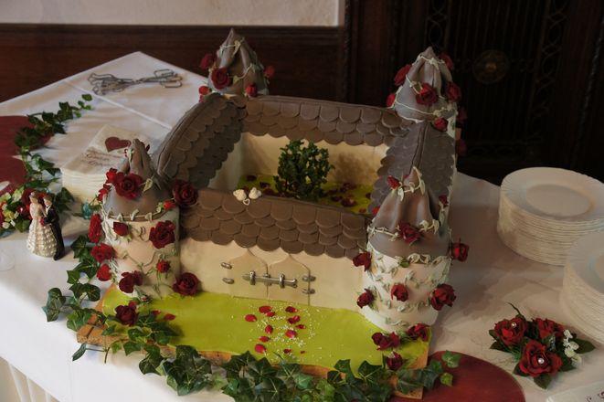 Schloss Sallgast Hochzeitstorte Eheleite Com